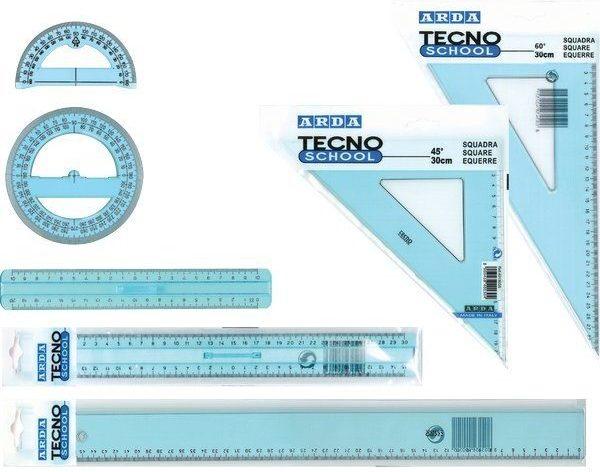 Squadre Per Disegno Tecnico.Materiale Per Il Disegno Tecnico A Scuola Di Tecnologia
